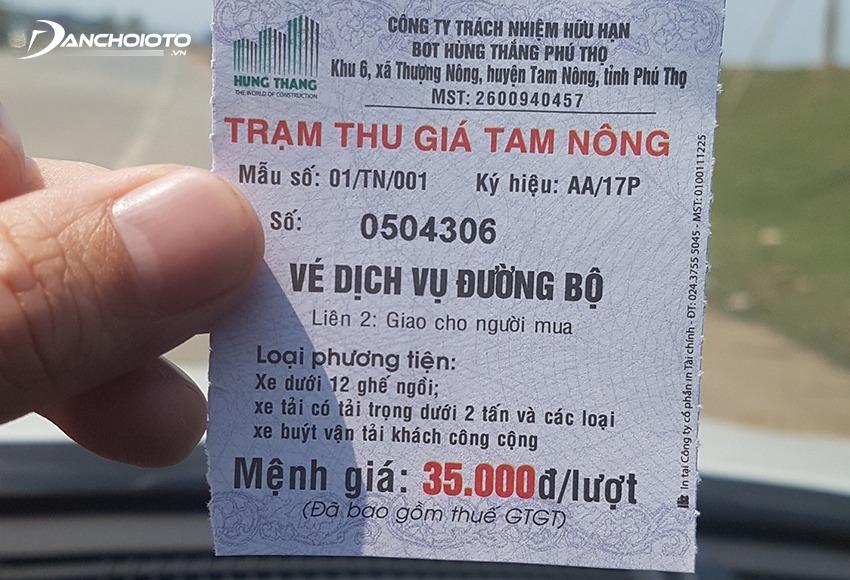 Xe ô tô khi đi qua các trạm thu phí BOT phải mua vé