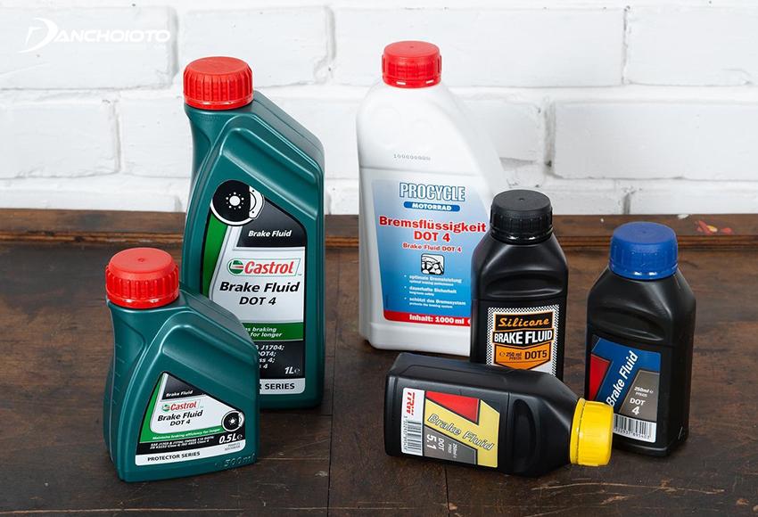 Giá dầu phanh dao động tuỳ theo tiêu chuẩn DOT và thương hiệu
