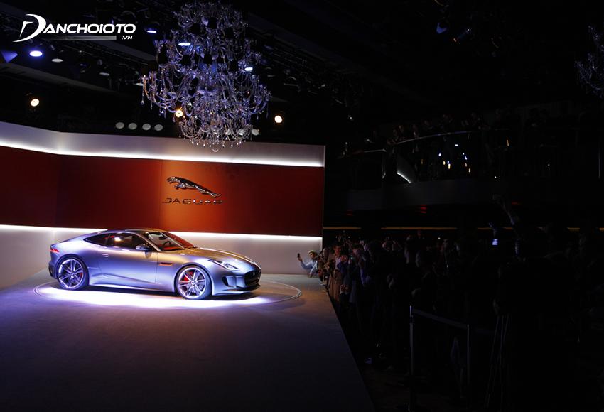 Các dòng xe Jaguar được đánh giá cao ở phong cách lái gãy gọn, thể thao rất đặc trưng
