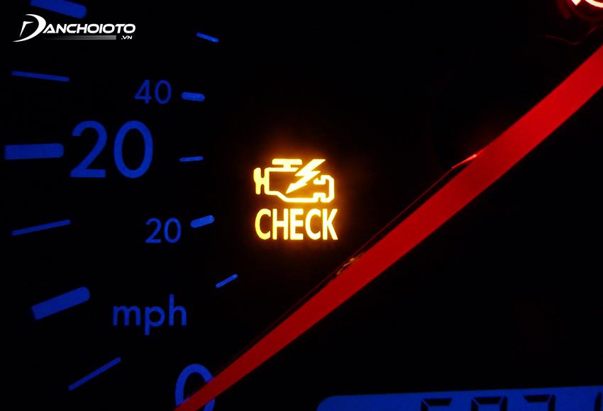 Đèn Check Engine là đèn báo lỗi khi động cơ hay các hệ thống liên quan xảy ra lỗi