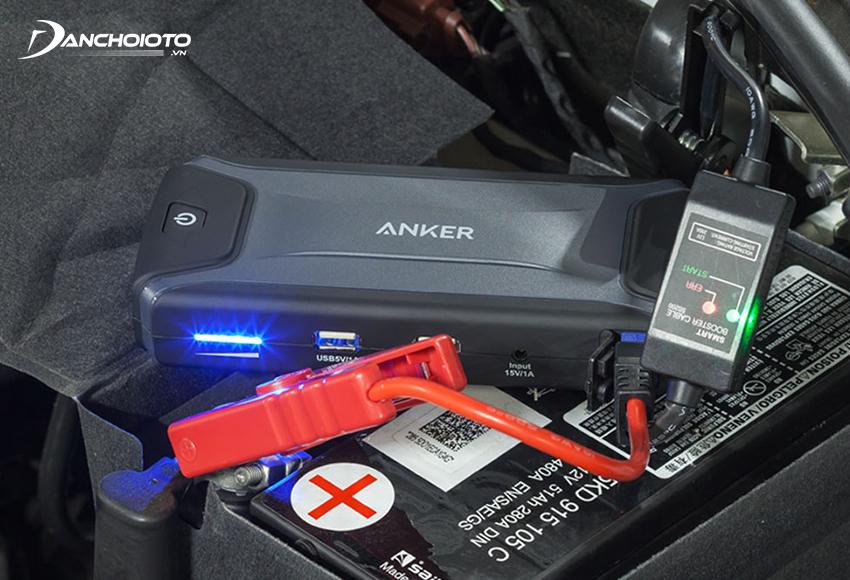 Bộ kích bình xe hơi Anker được đánh giá cao về thiết kế và tính tiện dụng