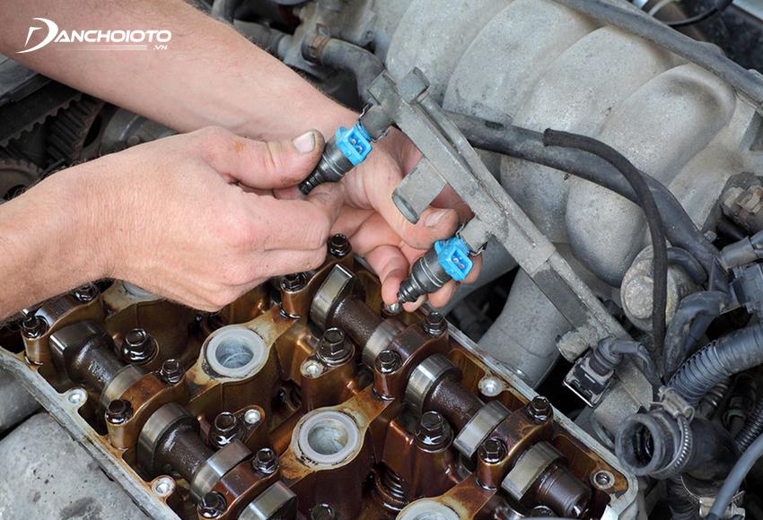 Kim phun nhiên liệu bị tắc có thể khiến động cơ bị trục trặc