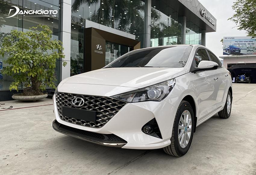 Toyota Vios GR-S có thêm lẫy chuyển số sau vô lăng