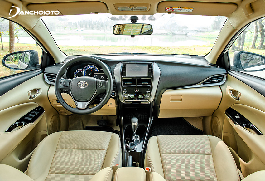 Thiết kế taplo Toyota Vios 2021 không khác biệt so với trước