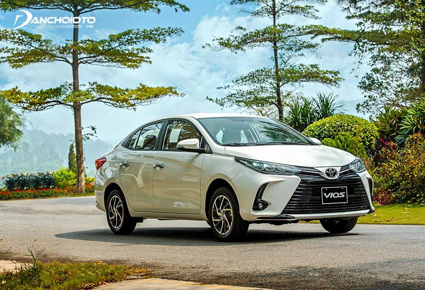 Toyota Vios 1.5G CVT phù hợp với người mua xe chú trọng đến tiện nghi và muốn có thêm nhiều tính năng hỗ trợ lái