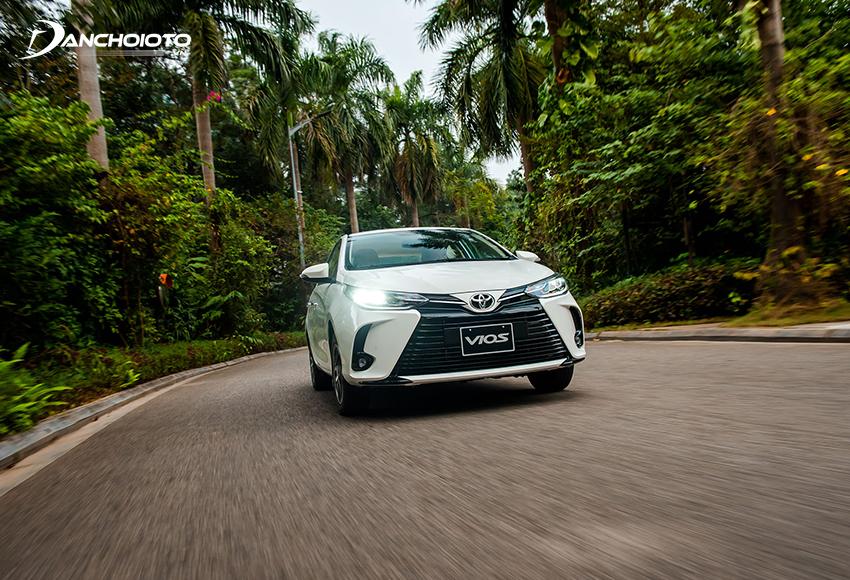 Toyota Vios chủ yếu mang đến cảm giác lành tính, dễ lái