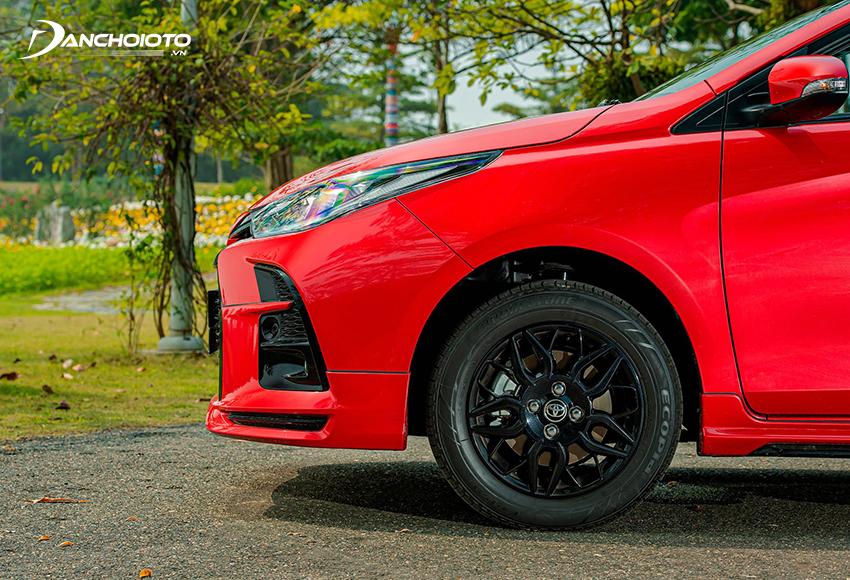 Toyota Vios GR-S có mâm xe màu đen