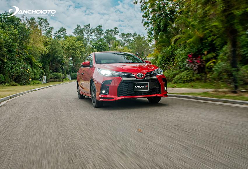 Toyota Vios GR-S vẫn dùng động cơ 1.5L tương tự các bản khác nên khó thể kỳ vọng có sự đổi mới trong trải nghiệm lái