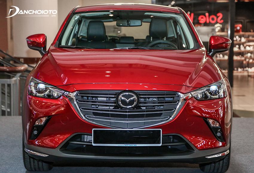 Đầu xe Mazda CX-3 2021 nổi bật với mặt ca lăng mở lớn mạ chrome sáng bóng