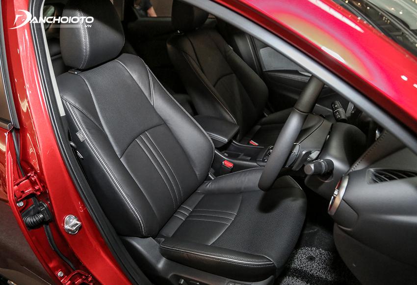 Ghế lái Mazda CX-3 Premium có chỉnh điện và nhớ 2 vị trí