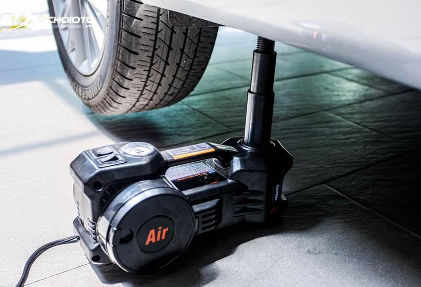 Kích ô tô bằng điện là loại kích gầm xe tự động chạy bằng mô tơ điện