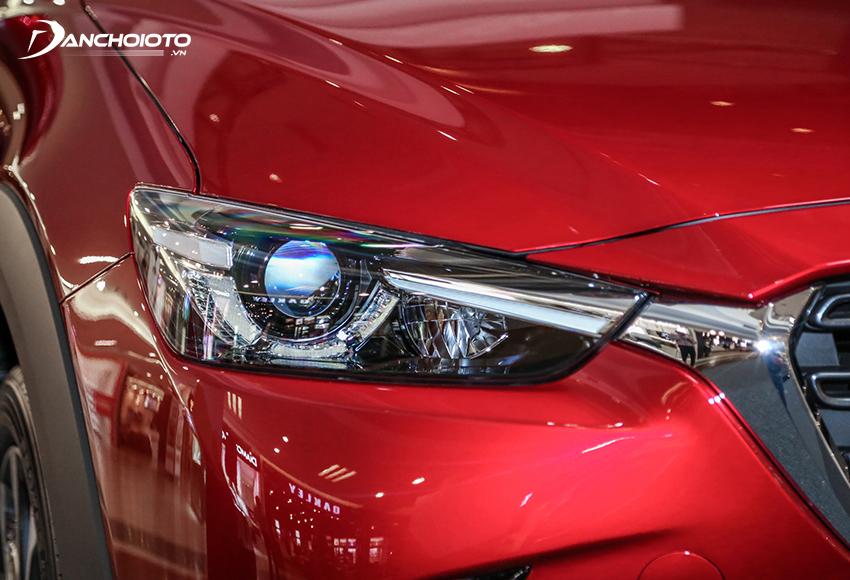 Mazda CX-3 2021 được bị trang bị đèn pha LED tích hợp nhiều tính năng hiện đại