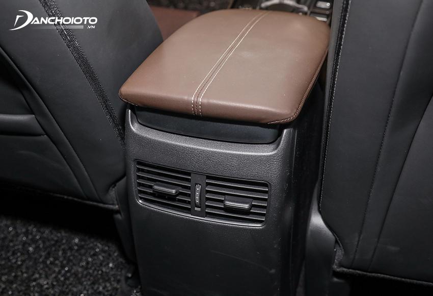 Mazda CX-30 2021 có cửa gió ở hàng ghế sau