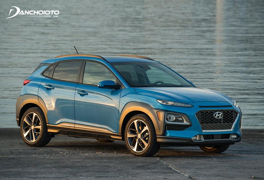 Về động cơ, Hyundai Kona chiếm ưu thế hơn