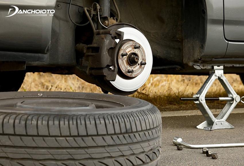 Bước 1: Mở bánh xe