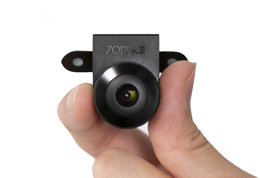 """Camera lùi Xiaomi 70Mai có ưu điểm giá bán """"mềm"""", hoạt động ổn định, thiết kế đẹp"""