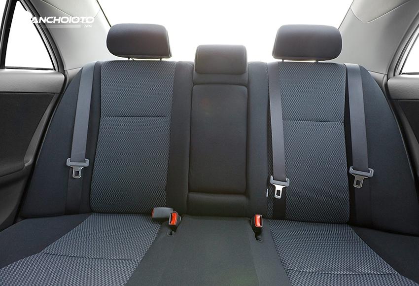 Vị trí chính giữa của hàng ghế sau là vị trí an toàn nhất trên ô tô