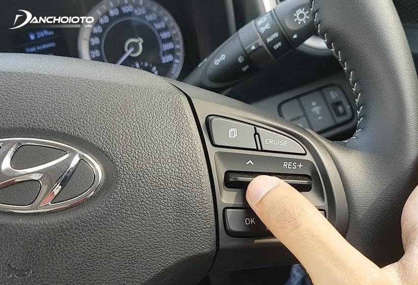 Dùng Cruise Control là một mẹo lái xe tiết kiệm xăng hiệu quả