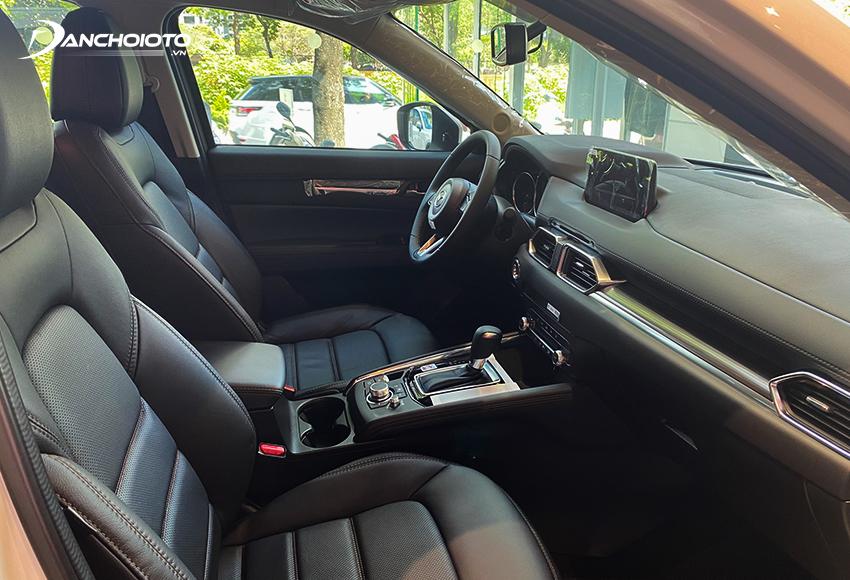 Ghế lái Mazda CX-5 2021 có chỉnh điện là trang bị tiêu chuẩn