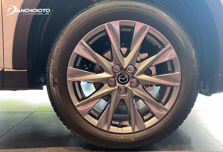Lazang Mazda CX-5 2021 sử dụng loại 19 inch đi cùng bộ lốp 225/55R19