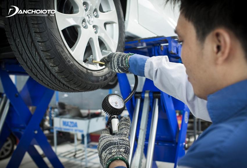 Nên kiểm tra, bảo dưỡng, đảo lốp lốp định kỳ