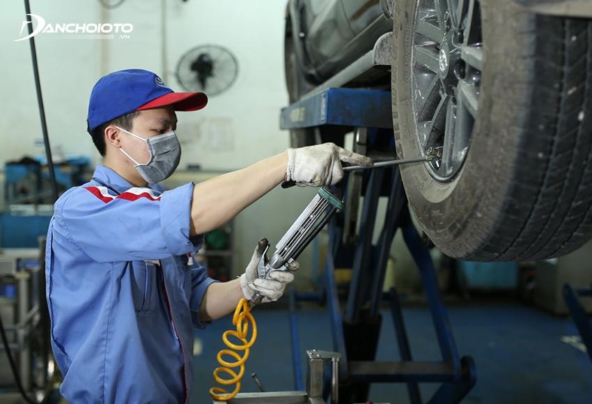 Nếu xe hoạt động với tần suất, cường độ cao thì các hạng mục bảo dưỡng ô tô nên được tiến hành sớm