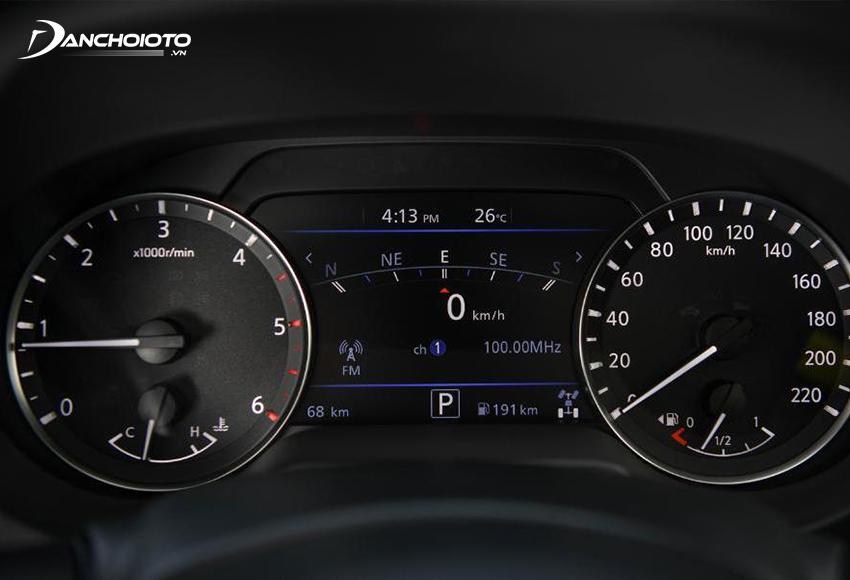Nissan Navara 2021 được nâng cấp dùng màn hình hiển thị đa thông tin 7 inch