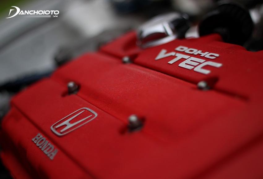 Chức năng của VTEC là tối ưu hiệu suất động cơ và tăng cao khả năng tiết kiệm nhiên liệu