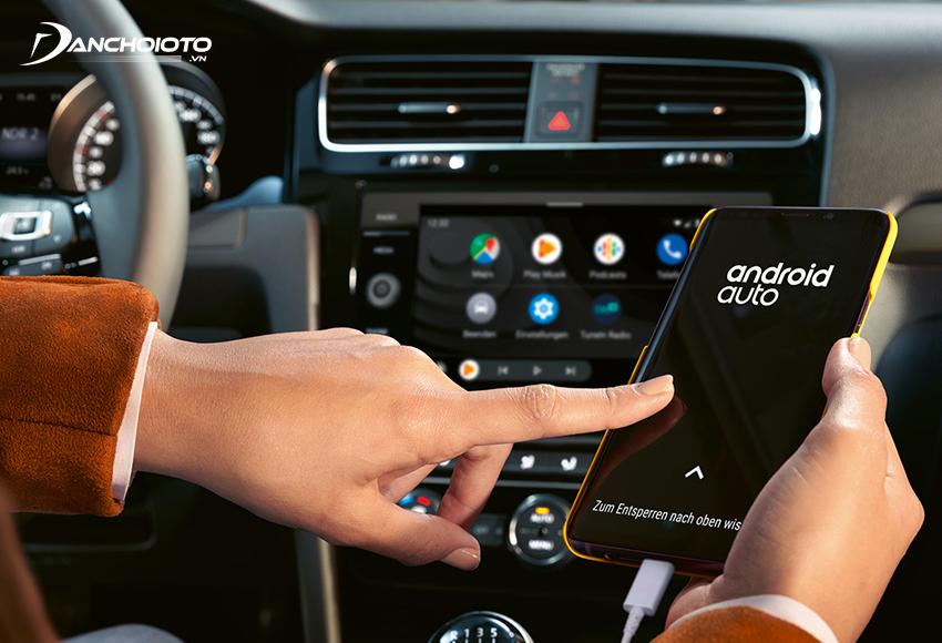 Có thể kết nối Android Auto qua Bluetooth hoặc cáp USB