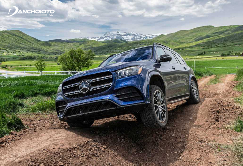 Hệ thống dẫn động 4Matic của Mercedes giúp nâng cao tính an toàn trong nhiều tính huống khó