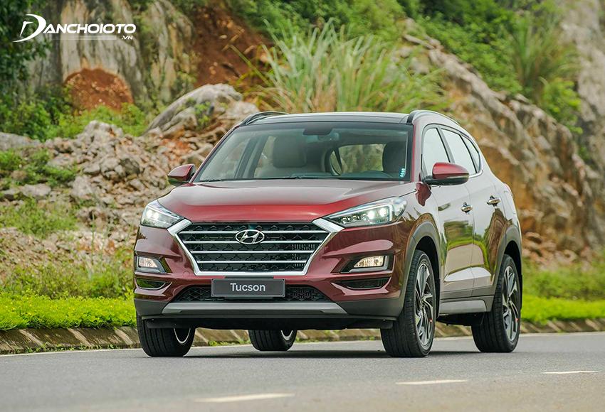 Hyundai Tucson là gợi ý rất đáng tham khảo nếu đang tìm có 800 triệu nên mua xe oto gì