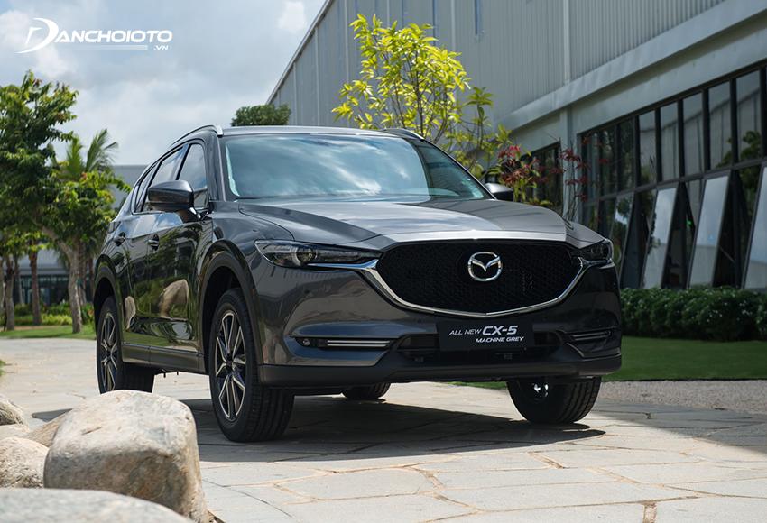 Khi nói đến 900 triệu nên mua xe nào tốt, đẹp và tiện nghi thì Mazda CX-5 luôn là gương mặt sáng giá nhất