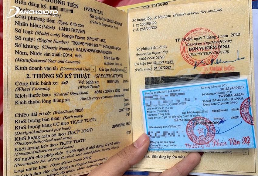 Khi tham gia giao, người lái xe bắt buộc phải mang đầy đủ các loại giấy tờ xe ô tô