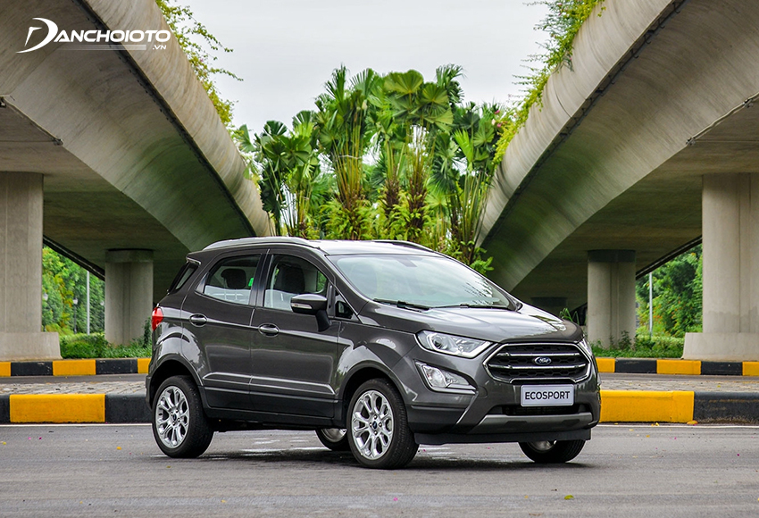 Nếu đang đắn đo không biết 600 triệu nên mua xe SUV/CUV gì nhỏ gọn hợp để đi phố thì nên tham khảo Ford EcoSport