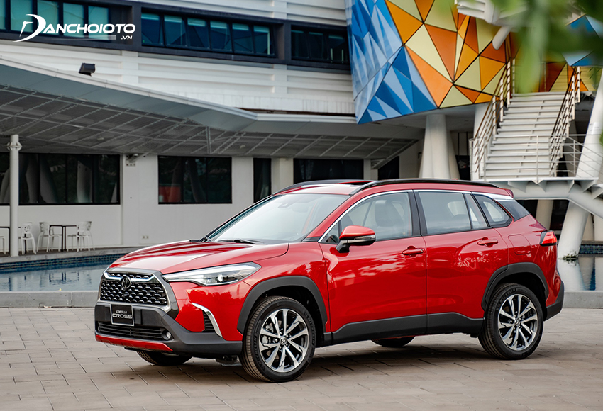 Nếu đang phân vân không biết 800 triệu nên mua xe gì tốt thì Toyota Corolla Cross là lựa chọn rất đáng tham khảo