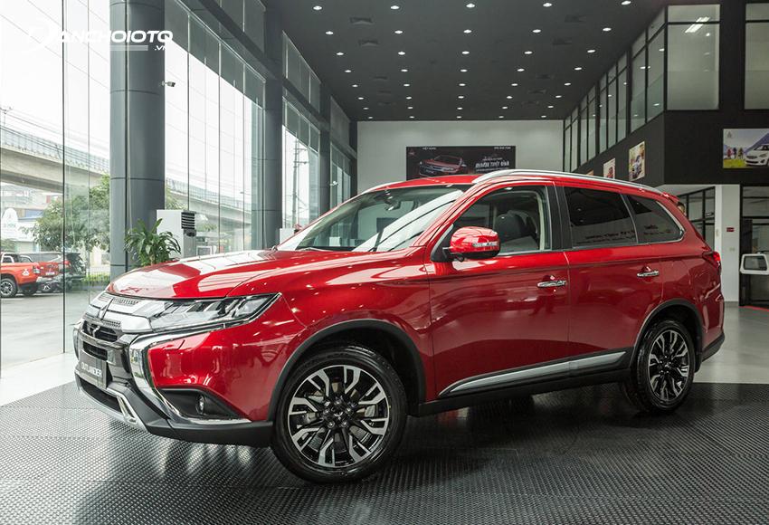 Nếu đang tìm 900 triệu mua xe 7 chỗ nào phù hợp cho gia đình thì nên tìm đến Mitsubishi Outlander