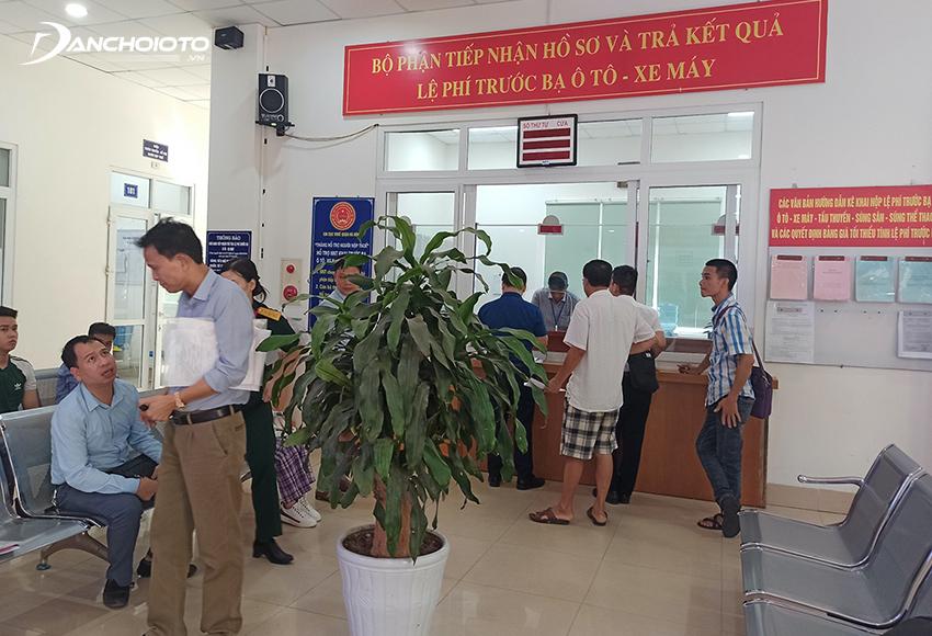 Người nộp thuế trước bạ ô tô nộp hồ sơ nộp thuế trước bạ xe ô tô tại Cục Thuế của tỉnh, thành phố trực thuộc trung ương