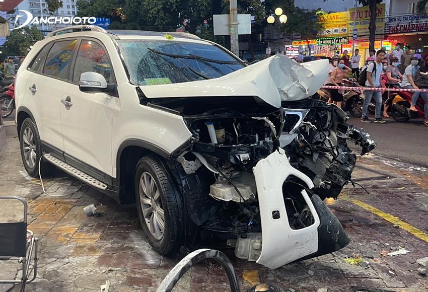 Đã có không ít vụ tai nạn xảy ra do lỗi đạp nhầm chân ga