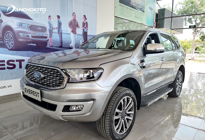 Ford Everest cũng là mẫu xe 7 chỗ máy dầu tiết kiệm nhiên liệu nhất nhì trong phân khúc tầm trung