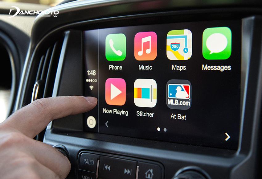 Khi nhận xe ô tô mới nên kiểm tra tất cả các chức năng của màn hình giải trí trung tâm xe