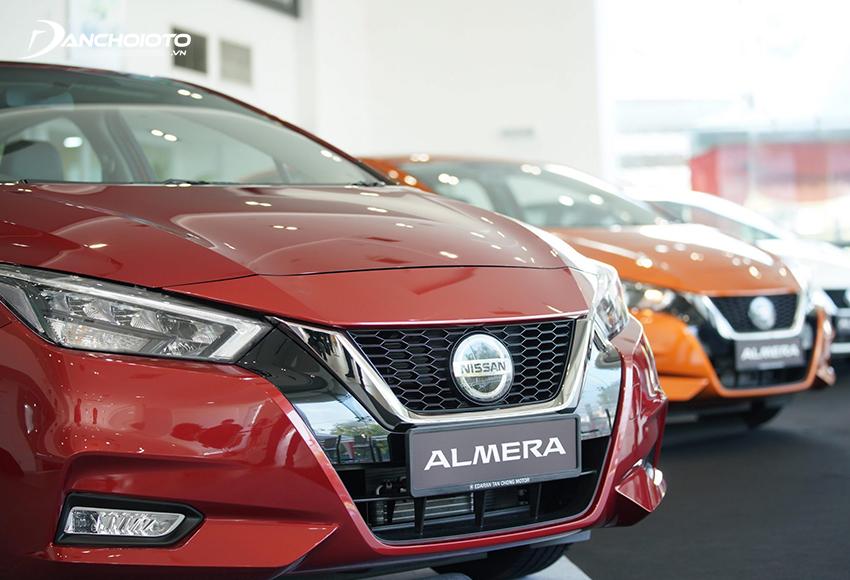 Nissan Almera 2021 có 3 phiên bản MT, CVT và CVT cao cấp