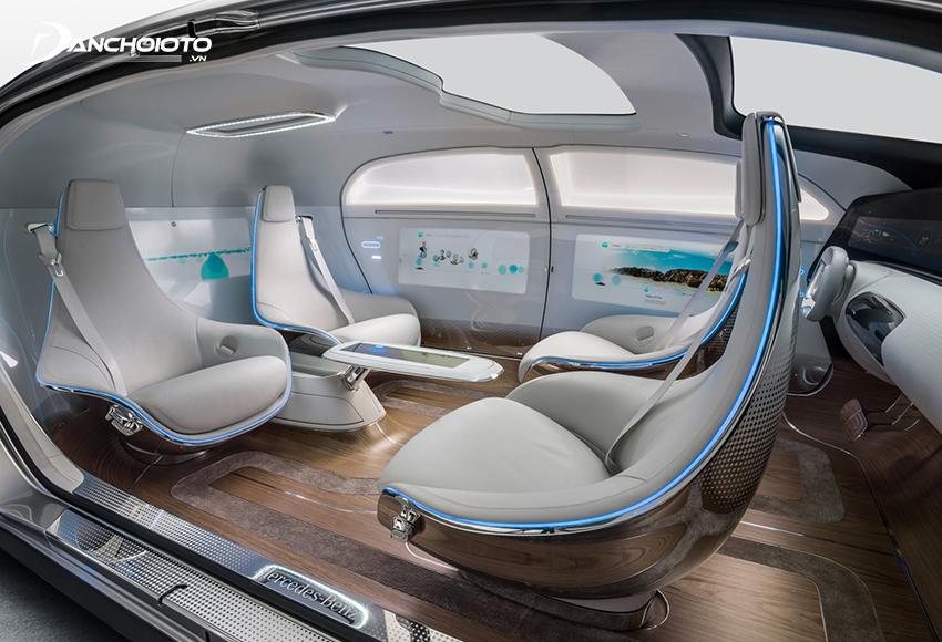 Ở cấp độ 5, xe có khả năng tự động kiểm soát hoàn toàn các chuyển động ngang, dọc, tăng tốc, phanh