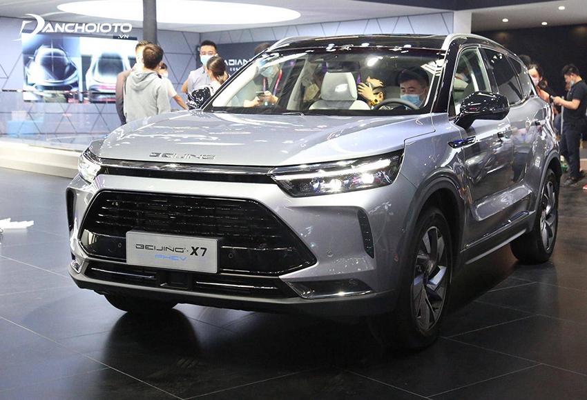So với xe Nhật – Hàn, các mẫu xe ô tô của Trung Quốc giá rẻ hơn khá nhiều