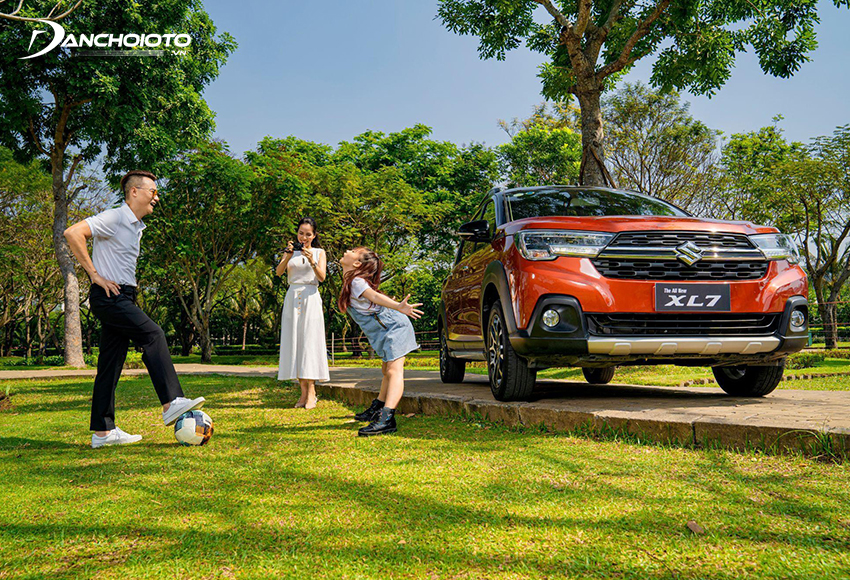 Suzuki XL7 được xem là một mẫu xe ô tô gia đình 7 chỗ giá rSuzuki XL7 được xem là một mẫu xe ô tô gia đình 7 chỗ giá rẻ đáp ứng tốt nhiều tiêu chíẻ đáp ứng tốt nhiều tiêu chí