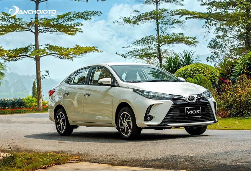 Toyota Vios rõ ràng chiếm ưu thế nhờ vào thương hiệu và bề dày tiếng tăm của mình