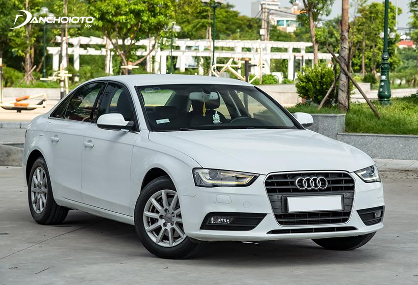 Audi A4 là một lựa chọn đáng cân nhắc khi mua xe hơi cũ tầm 700 triệu