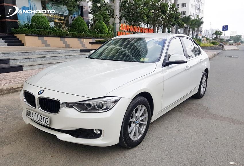 Dòng xe hơi cũ 700 triệu ở phân khúc hạng sang còn có một cái tên nổi bật khác đó là BMW 3 Series 320i