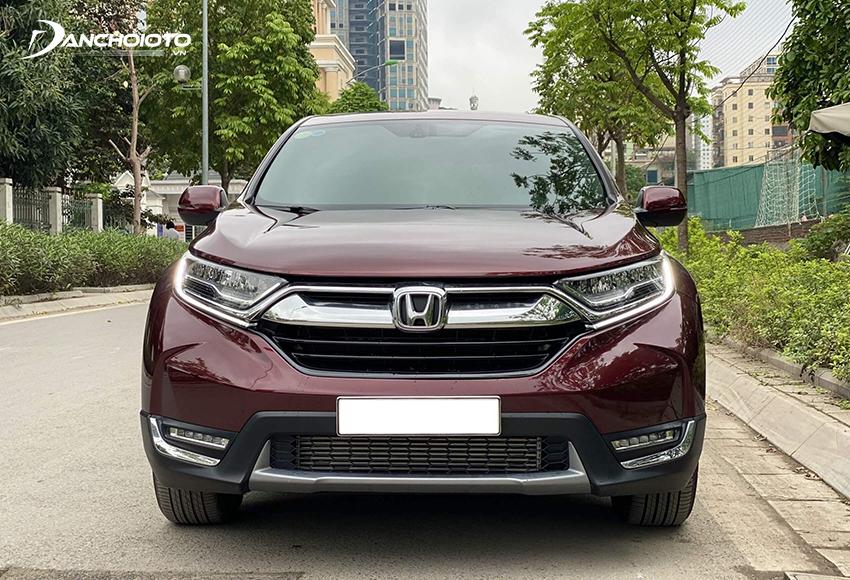 Honda CR-V là lựa chọn sáng giá nhất trong phân khúc xe 5 chỗ gầm cao cũ dưới 700 triệu đến tầm 700 triệu đồng
