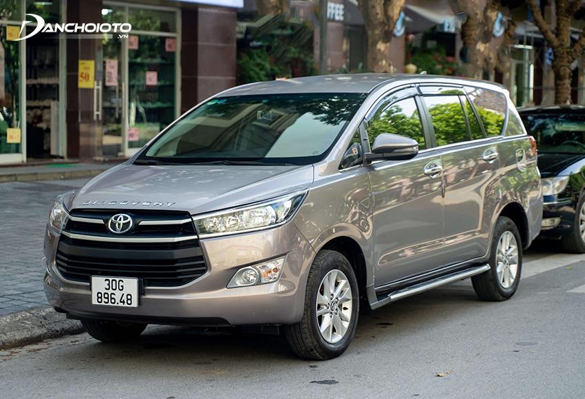 Khi nói đến các dòng xe 7 chỗ cũ 600 triệu nên mua thì không thể thiếu Toyota Innova