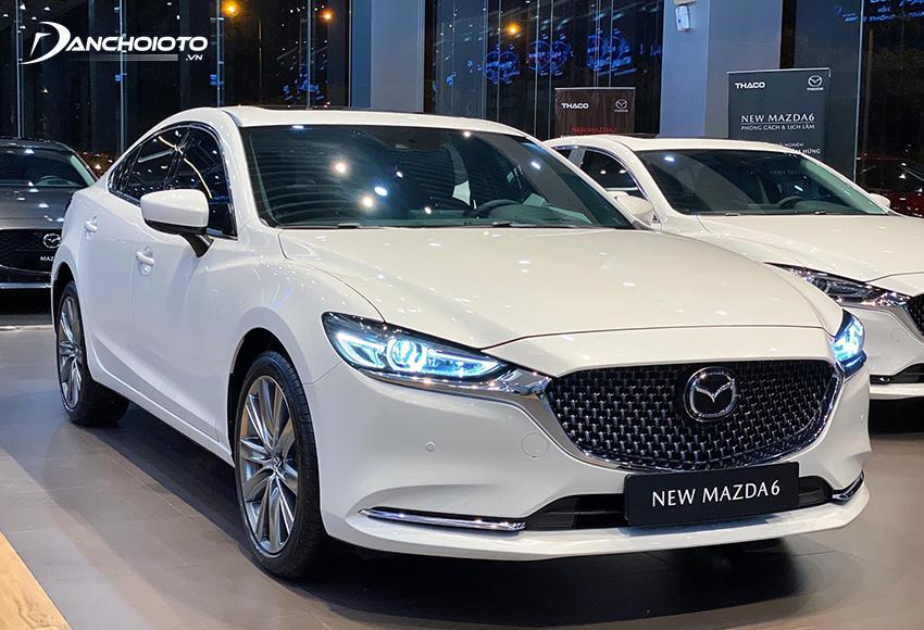 Mazda 6 là một trong những cái tên hấp dẫn nhất ở phân khúc ô tô giá khoảng 1 tỷ đồng